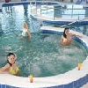 Wellnessbereich mit Jacuzzi in Aqua Spa Wellness Hotel Cserkeszolo